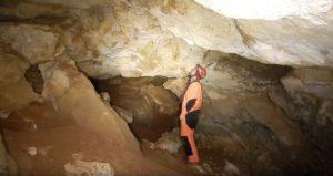 Пещера на трассе Таврида